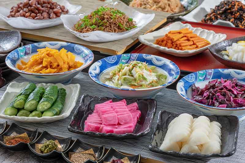 豊洲市場魚河岸直送の魚介料理や築地老舗の味に舌鼓
