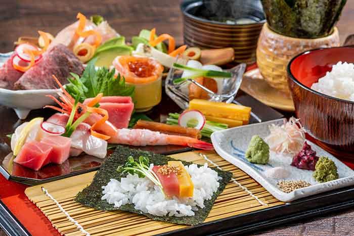 手織り寿司(限定1日10食)